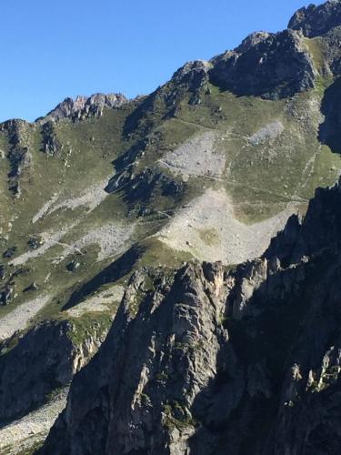 Du col de Sarvatan vers le col de Montjoie